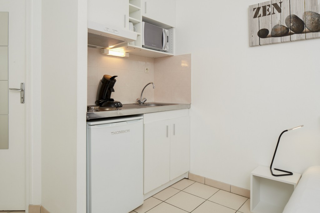 Interieur cuisine studio appart hotel residence