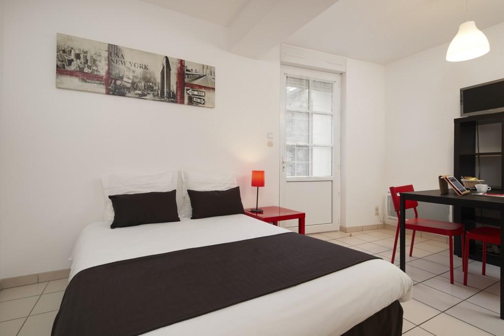 lit studio appart hotel ancenis